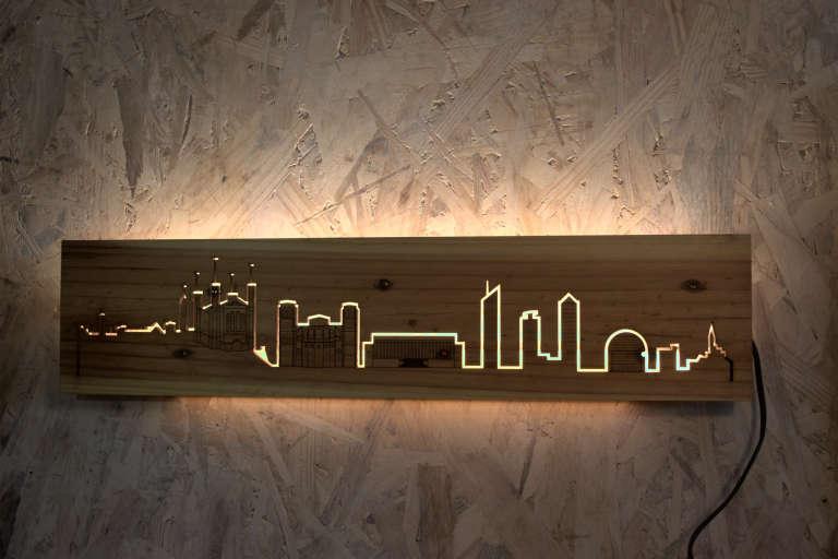 Skyline de Lyon allumé medium